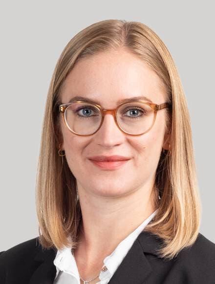 Laura Suter
