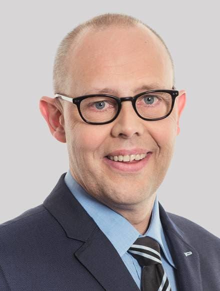 Adrian Fahrni