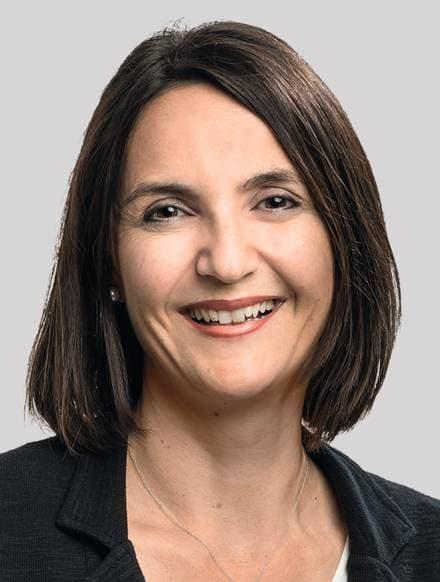 Eveline Petriella