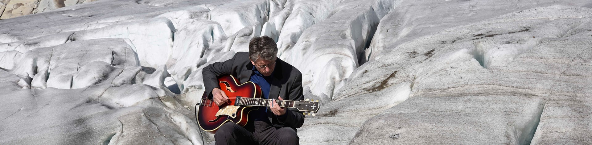 Immagine Blues for Glaciers, George Steinmann